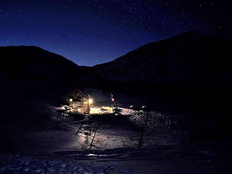 Ciaspolata notturna sul Moncucco