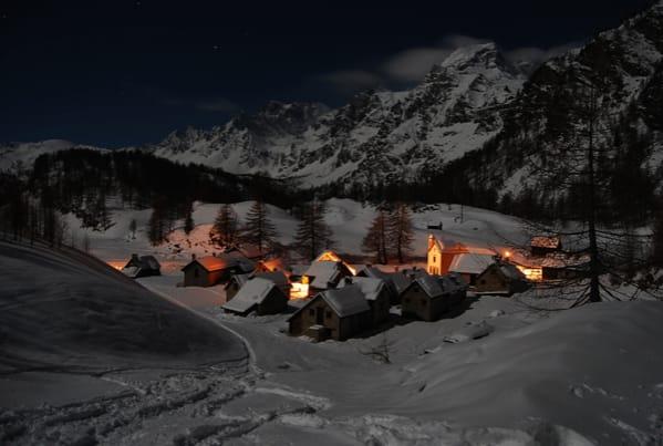 ALPE DEVERO in NOTTURNA  tutta la Magia della Montagna di notte