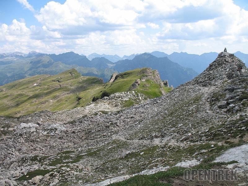 Escursione monte Cazzola e punta d'Orogna da val Buscagna